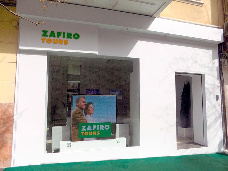 Exterior franquicia Zafiro Tours