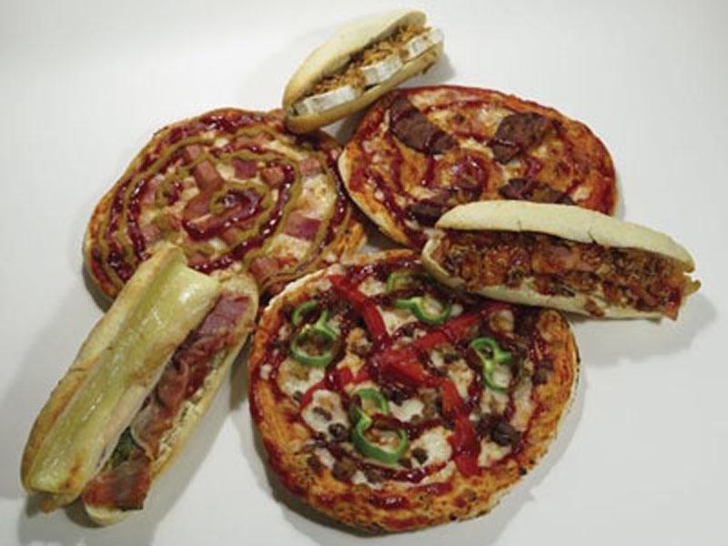 Pizzas y montaditos