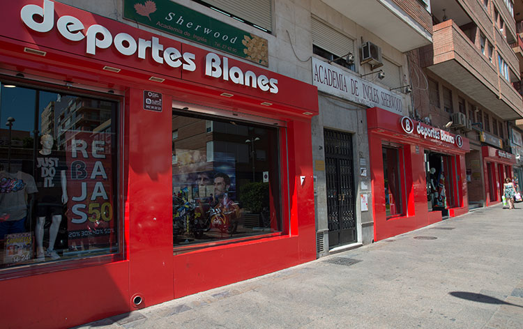 abrir_franquicia_deportes_blanes