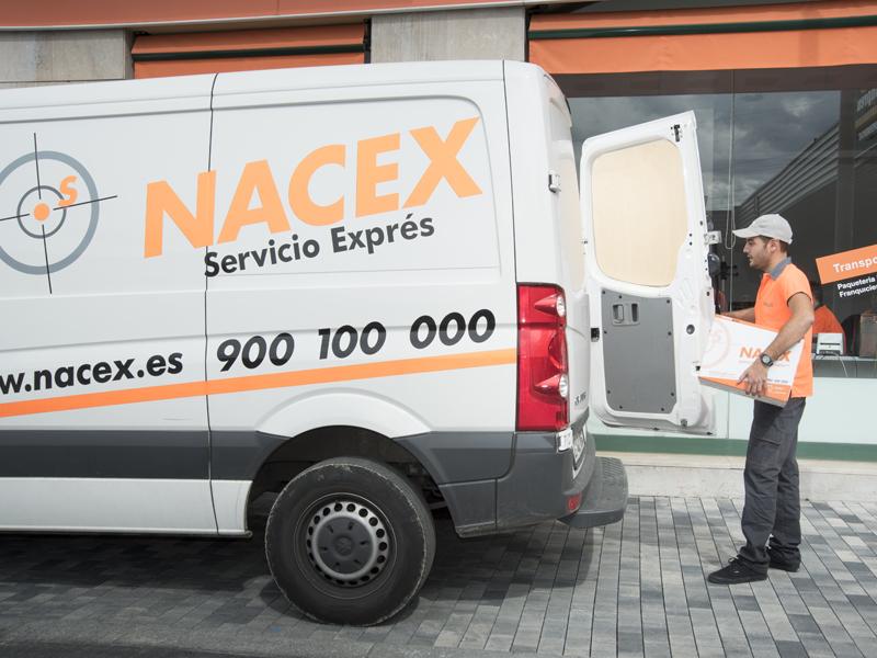 Franquicia de paquetería en España