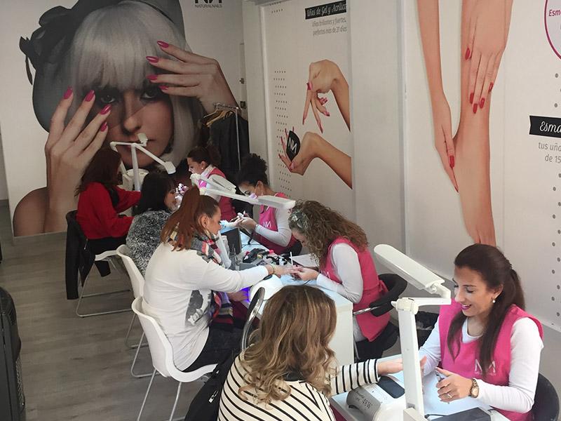 Montar un centro de uñas en España