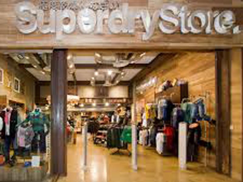 fachada-tienda-moda-superdy