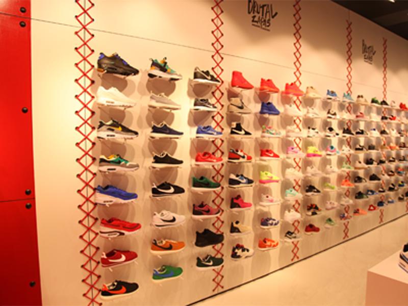 Franquicia de zapatillas modernas