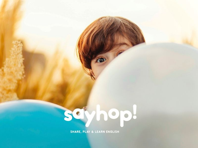 Niño-clase-sayhop