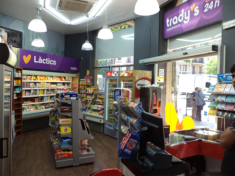 Interior-supermercados-tradys
