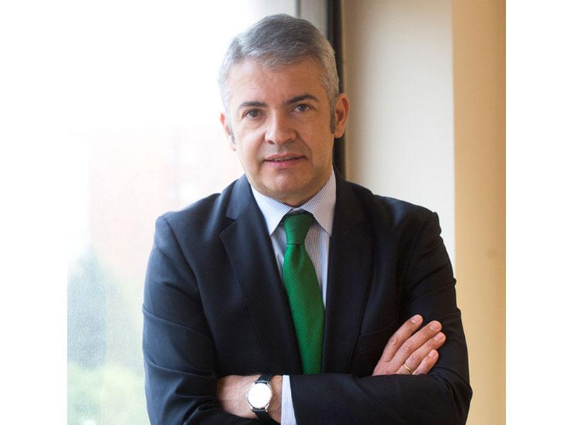 Javier Fernandez de la Vega dircom grupo DIA