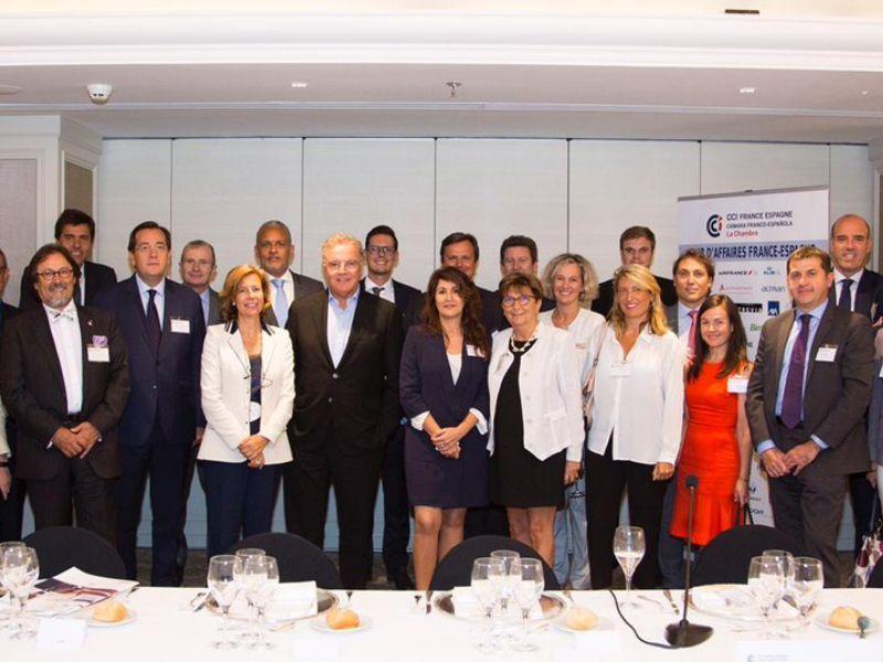 Alain Afflelou se encuentra con los empresarios de la CFCI