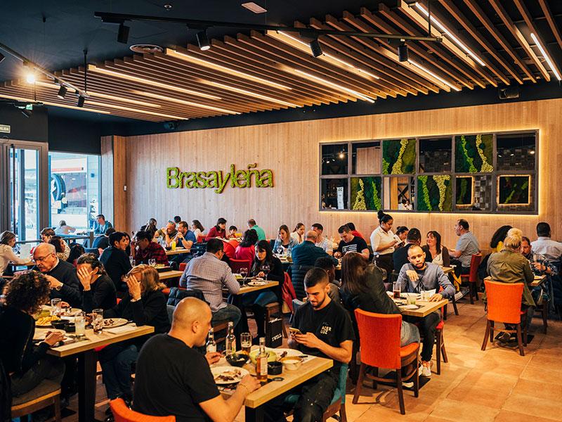 Brasayleña renueva dos de sus restaurantes y genera 30 nuevos puestos de trabajo