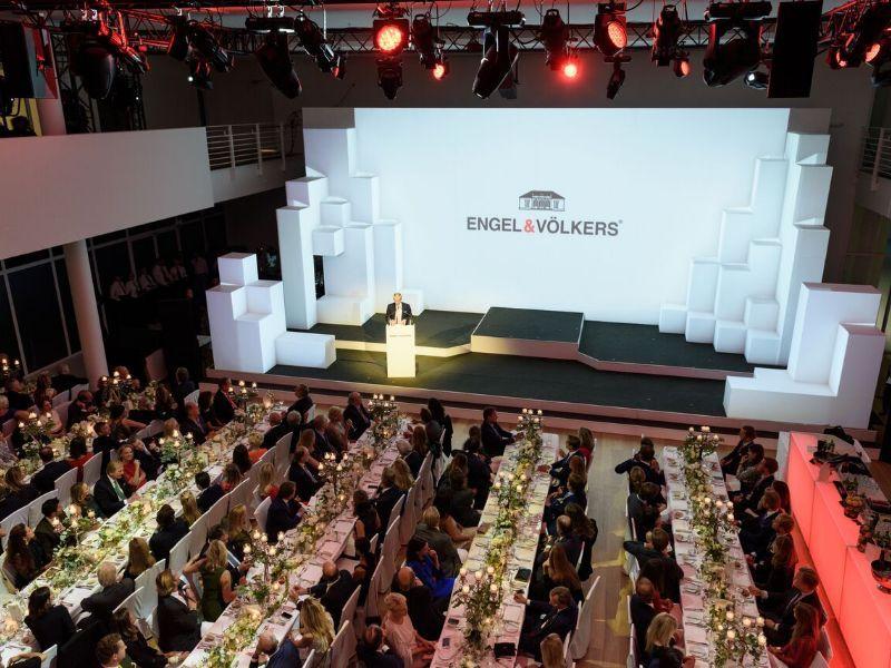 Engel & Völkers celebra su 40 aniversario