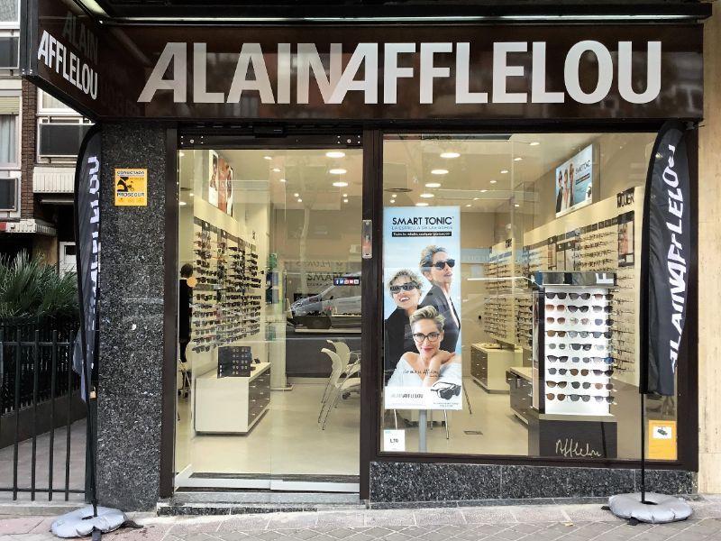 Alain Afflelou adquiere más de 52 establecimientos en Madrid