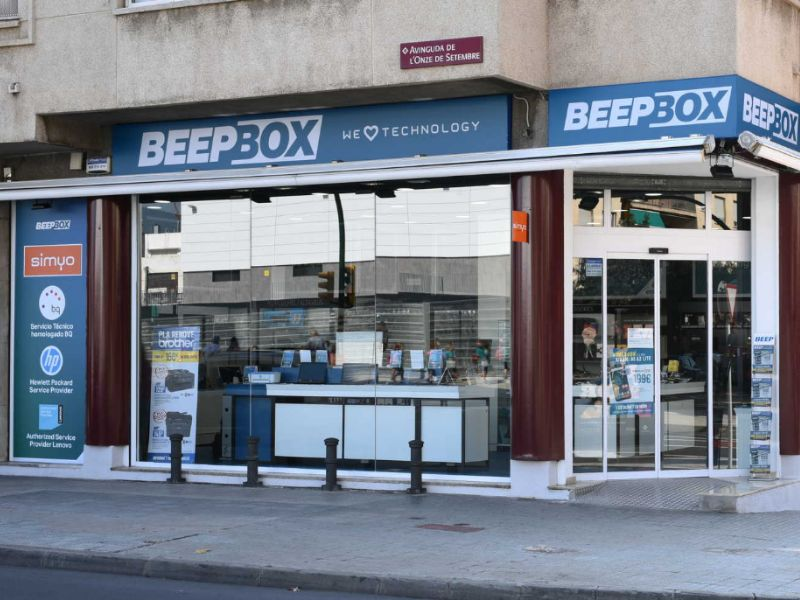 TICNOVA  abre una tienda BEEPBOX