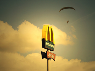 McDonald's-gana-cinco-medallas-premios-Best!NFood